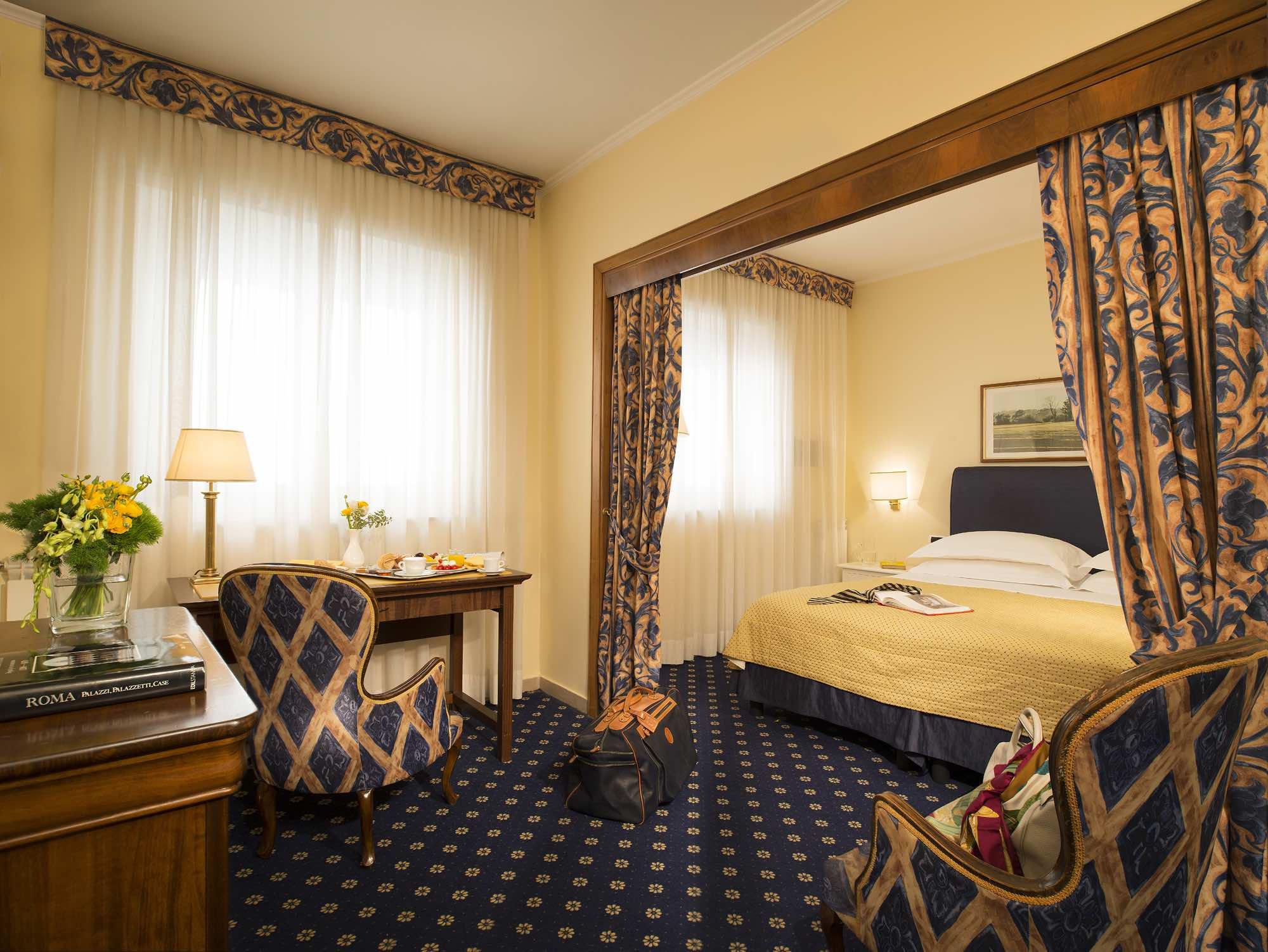 Napoleon Hotel - 7