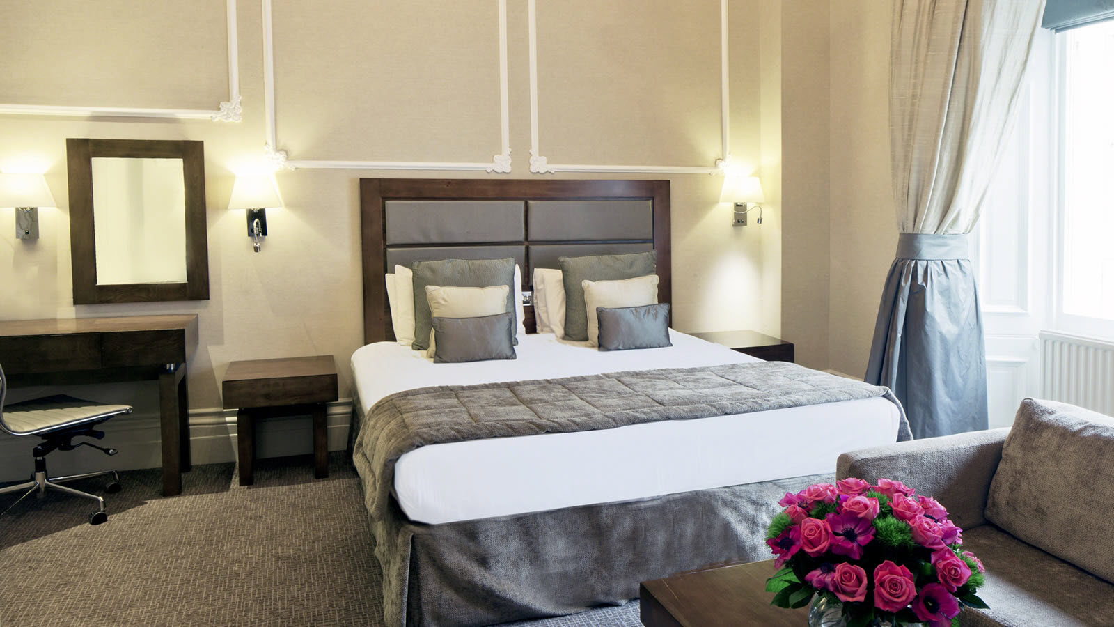 Double Room at Strathmore